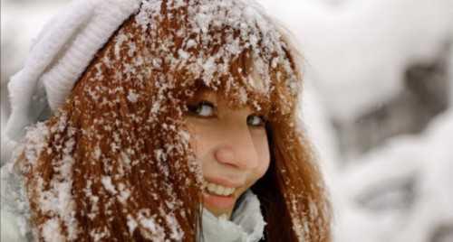 уход за волосами зимой: особенности применения средств, полезные маски